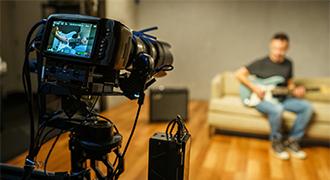 フェンダーの新しいハリウッドスタジオ、Pocket Cinema Camera 6KおよびATEM Mini Proを導入